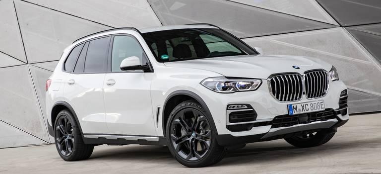 BMW Group Россия вручила 129 кроссоверов БМВ российским призерам Олимпиады вТокио