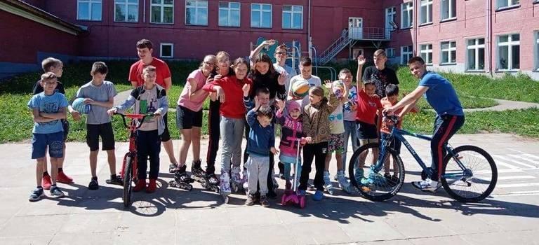 Сотрудники АСПЭК-Авто посетили «Понинский детский дом»