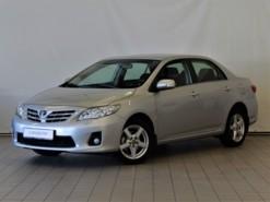 Toyota Corolla 2010 г. (серебряный)