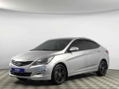 Hyundai Solaris 2015 г. (серебряный)