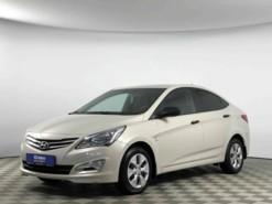 Hyundai Solaris 2015 г. (бежевый)
