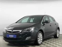 Opel Astra 2011 г. (черный)