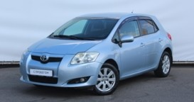 Toyota Auris 2007 г. (голубой)