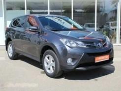 Toyota RAV4 2013 г. (серебряный)