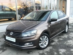 Volkswagen Polo 2017 г. (коричневый)