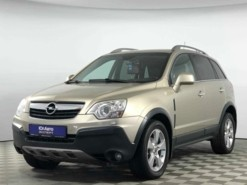 Opel Antara 2010 г. (бежевый)