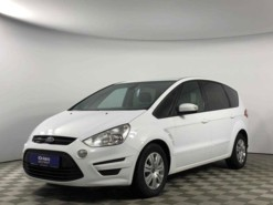 Ford S-max 2013 г. (белый)