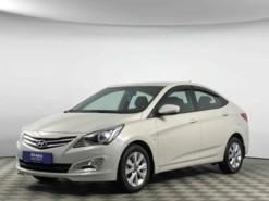 Hyundai Solaris 2016 г. (бежевый)