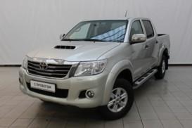 Toyota Hilux 2014 г. (бежевый)