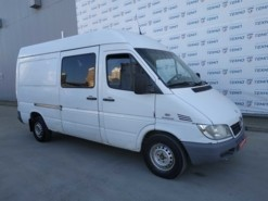 Mercedes-Benz Sprinter 2005 г. (белый)