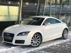 Audi TT 2008 г. (белый)
