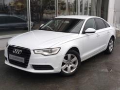 Audi A6 2013 г. (белый)