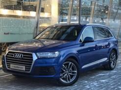 Audi Q7 2016 г. (синий)