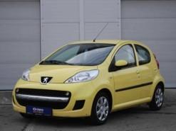Peugeot 107 2011 г. (желтый)