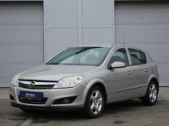 Opel Astra 2007 г. (бежевый)