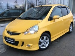 Honda Jazz 2007 г. (желтый)