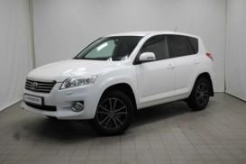 Toyota RAV4 2011 г. (белый)