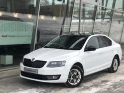 Škoda Octavia 2016 г. (белый)