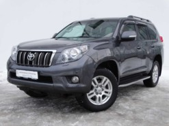 Toyota Land Cruiser Prado 2012 г. (серый)