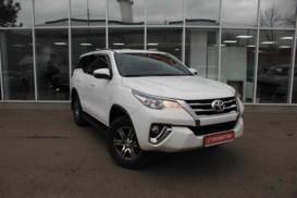 Toyota Fortuner 2018 г. (белый)