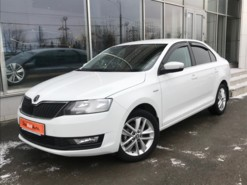 Škoda Rapid 2018 г. (белый)