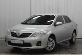 Toyota Corolla 2012 г. (серебряный)