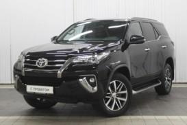 Toyota Fortuner 2017 г. (черный)