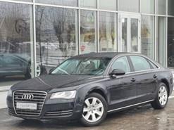 Audi A8 2013 г. (черный)