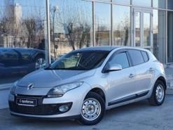 Renault Megane 2012 г. (серебряный)