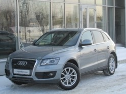 Audi Q5 2009 г. (серый)