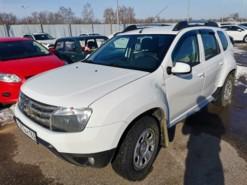 Renault Duster 2014 г. (белый)