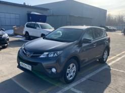 Toyota RAV4 2013 г. (серый)