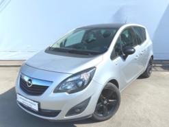Opel Meriva 2013 г. (серебряный)