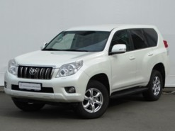 Toyota Land Cruiser Prado 2012 г. (белый)