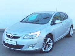 Opel Astra 2011 г. (серебряный)
