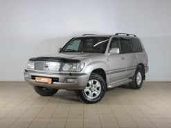Toyota Land Cruiser 2002 г. (серебряный)