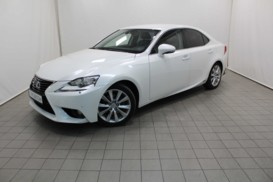 Lexus IS 2013 г. (белый)