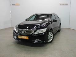 Toyota Camry 2013 г. (черный)