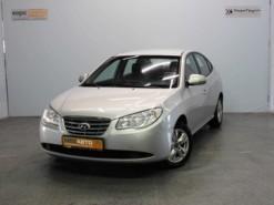 Hyundai Elantra 2010 г. (серебряный)