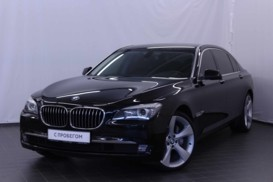 BMW 7er 2011 г. (черный)