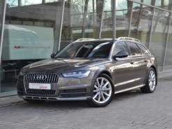 Audi A6 Allroad 2016 г. (серый)