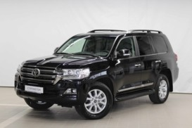 Toyota Land Cruiser 2015 г. (черный)