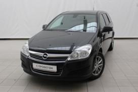 Opel Astra 2012 г. (черный)