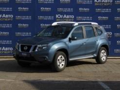 Nissan Terrano 2015 г. (синий)