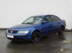 Volkswagen Passat 1999 г. (синий)