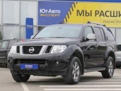 Nissan Pathfinder 2012 г. (черный)