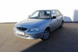 Hyundai Accent 2004 г. (серебряный)