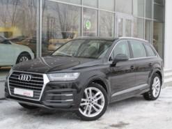 Audi Q7 2018 г. (черный)