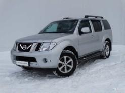 Nissan Pathfinder 2013 г. (серебряный)