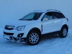Opel Antara 2012 г. (белый)